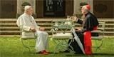 Dva papežové: živá debata, ukazující cestu, jak překlenout kulturní války mezi konzervativci a liberály [recenze filmu]