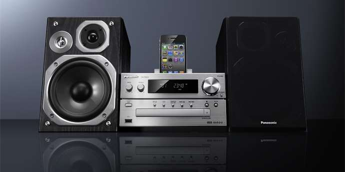 Panasonic SC-PMX5EG-S: Hi-Fi CD mikrosystém i pro iPhone (test)